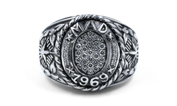 De Jaegher Mad 1969 ring silver diamonds