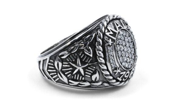 De Jaegher Mad 1969 ring silver diamonds 2