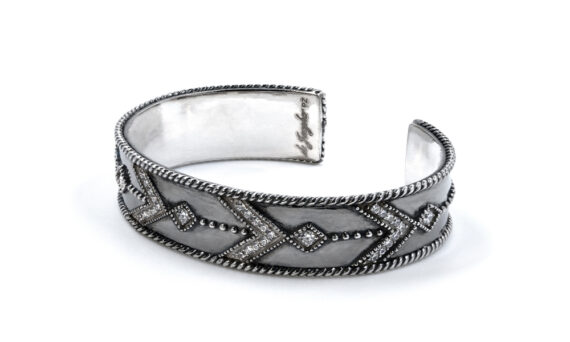 De Jaegher Broken arrow cuff black rhodium 2