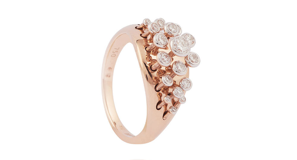 Queen Wave Diamond Ring