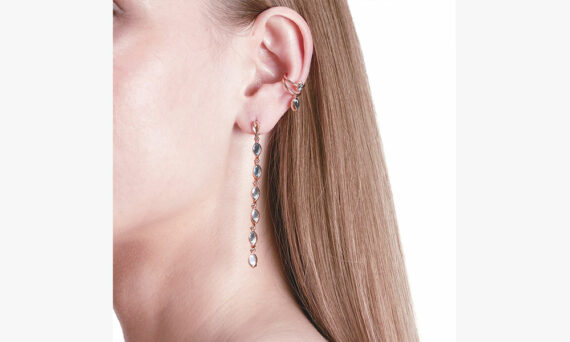 Marie Mas Swinging Line Earrings L porte 3