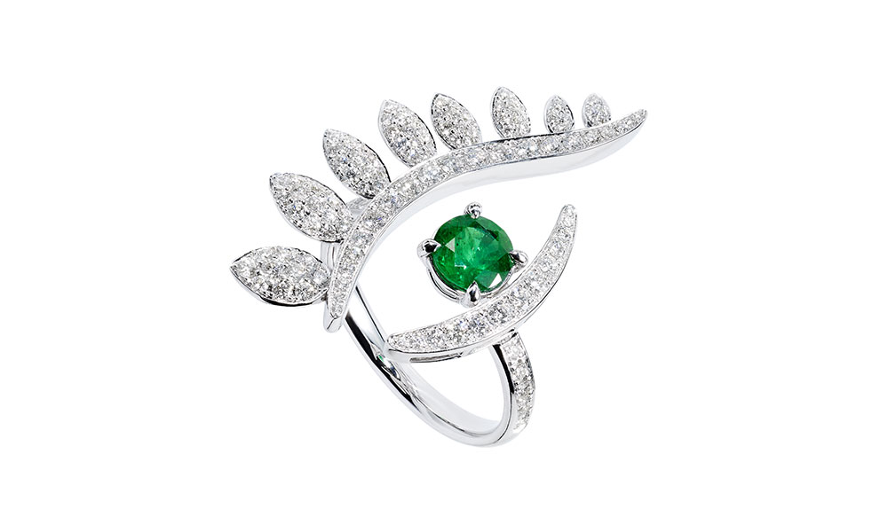 Tabayer The Look Ring 18ct white gold emerald diamonds