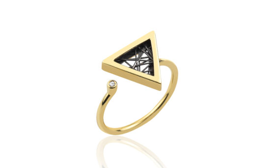 Anastazio Jewellery Hera ring mounted on 18kt yellow gold set with one diamond