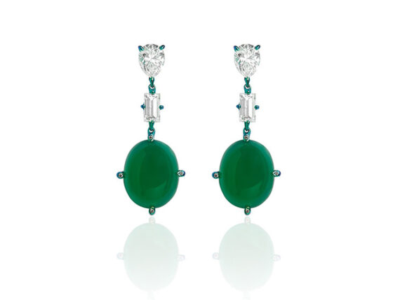 Callas earrings mounted on green-blue titanium with diamonds and green agate