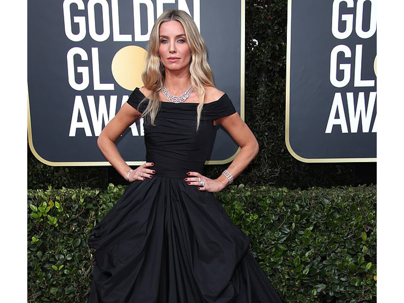 Golden Globes 2020 Annabelle Wallis Cartier