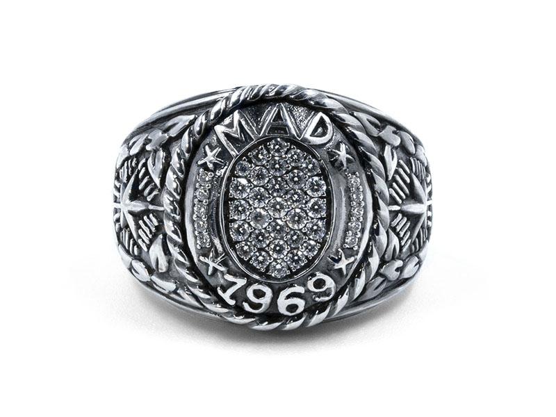 De Jaegher - Bague Mad 1969 en argent sertie de diamants