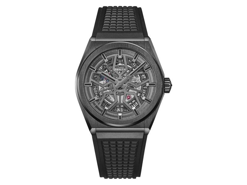 Zenith - Montre Defy Classic cadran noir ajouré, bracelet caoutchouc noir