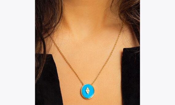 La Rose des Alizés turquoise necklace au porte