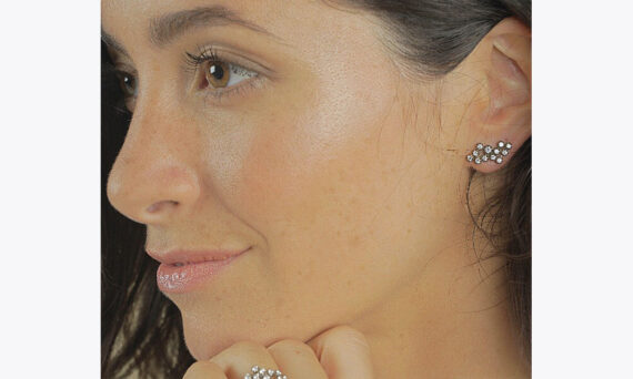 Magic Topkapi 24 earrings white gold au porte-1