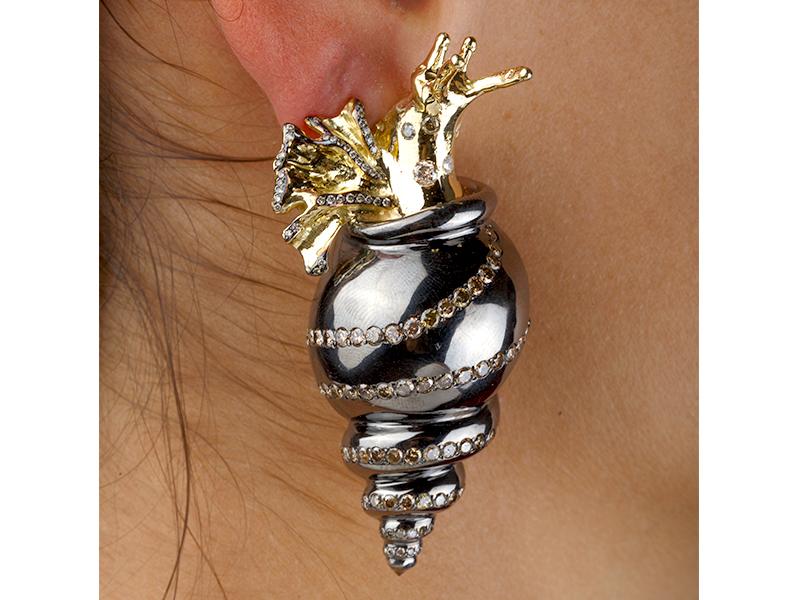 Gaelle Khouri Snail Earring