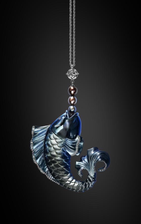 Longmen Titanium pendant